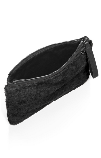 FURtastic Clutch