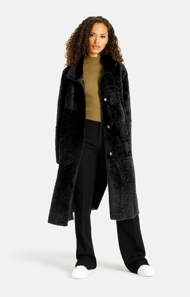 Madita CW:  Reversible slighly oversized coat
