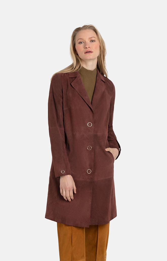 TONJA: light coat with hand-stitched seams